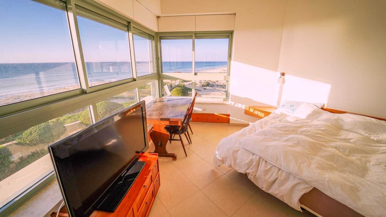 בית למכירה על הים בבית ינאי